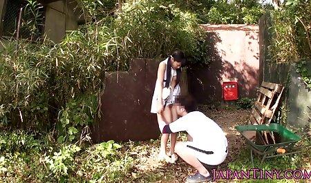 SB2 Old Couple prend une petite fille video amateur nudiste perdue!