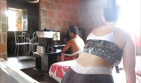 Teen couple s'amusant ensemble video nudiste sex
