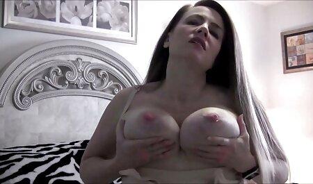 Nylons satinés brillants nudiste plage porno et FF