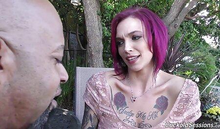 Alicia Rhodes dodue ronde enculée sexe nudiste plage