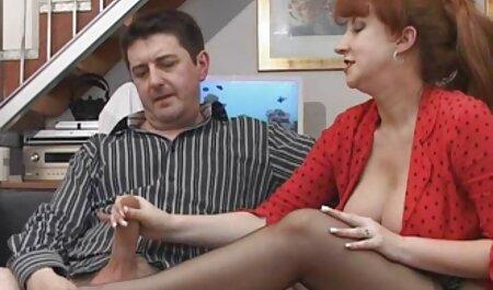 grosse chatte potelée cameltoe se camp nudiste porn fait doigter