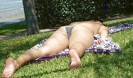 Fellation et bite crue chevauchant la chaude Doris video jeune nudiste Ivy