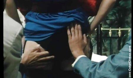 LUBED Soapy porno naturiste Blake Eden baise et creampie à l'arrière du camion