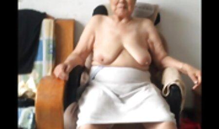 Belle femme sex plage naturiste