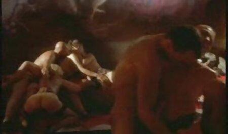 Poilu mature a un appareil nudiste tukif cassé
