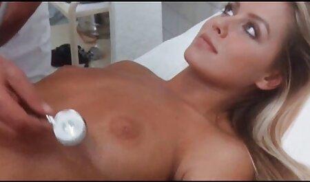 Vraie jeune mariée à la sexe a la plage nudiste crème