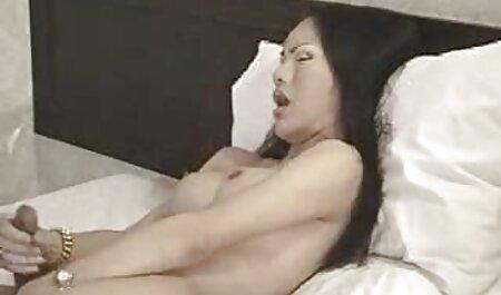 Elle video jeune nudiste bat sa bite