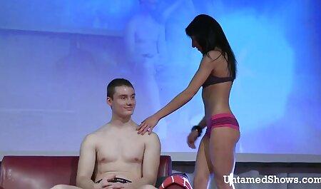 Ramassage public - Gina Devine - plage nudiste porno Boutique Booty