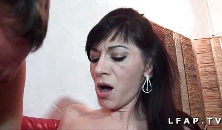 Cheveux courts nudiste porn nuit vs jour