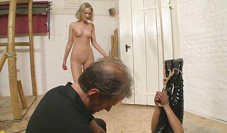Soumis - camp nudiste porn Une ado soumise chaude obéit et baise son papa